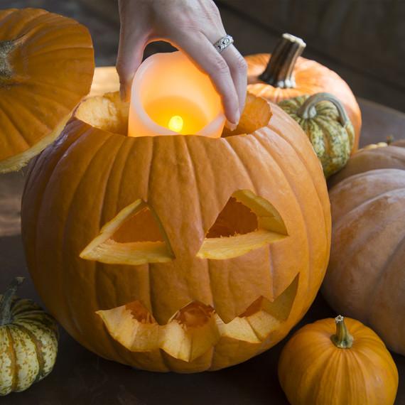 halloween-fire-safety-1015-2.jpg (skyword:192044)