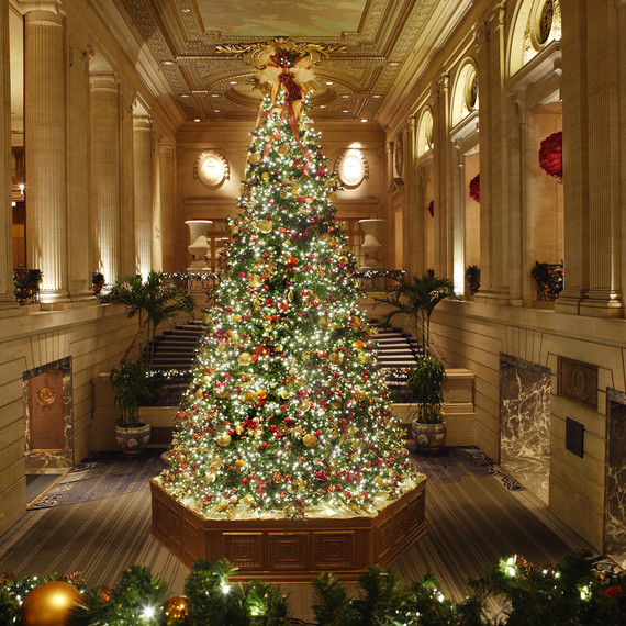 3 hilton chicago - Over The Top Christmas Decorations