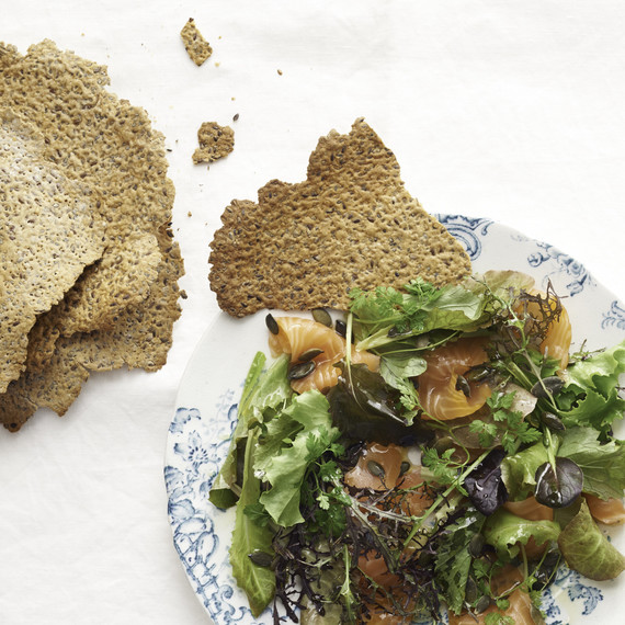 seeded crackers with salad