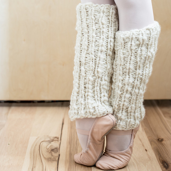 knit-leg-warmers-022017-0431.jpg (skyword:395680)