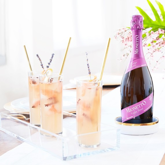 lavender-blush-cocktail-0717.jpg (skyword:462416)