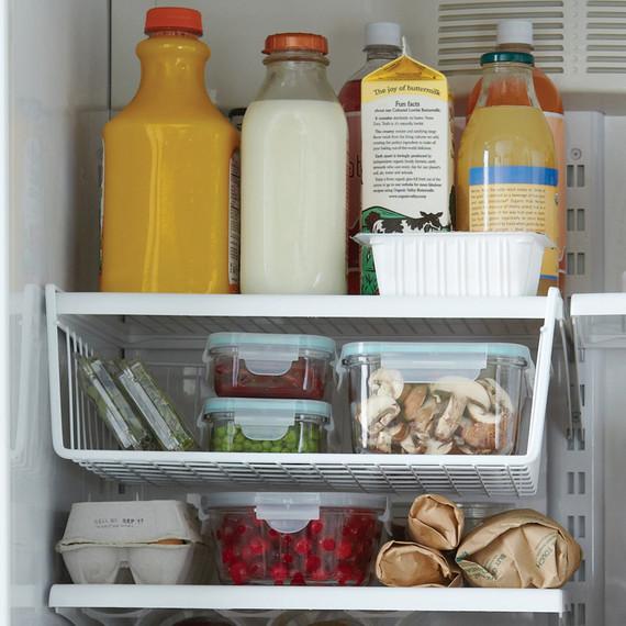 mld106363_1110_fridge_basket.jpg