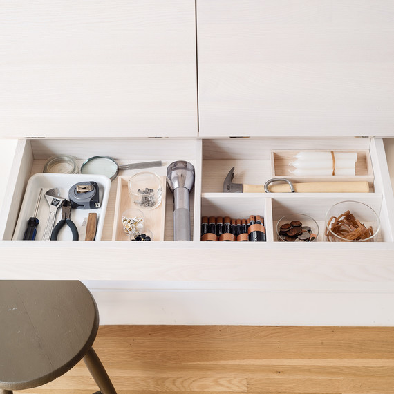 remodelista-junk-drawer-1217