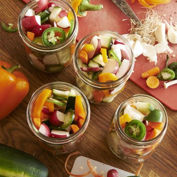 soup-club-quick-pickles-0415
