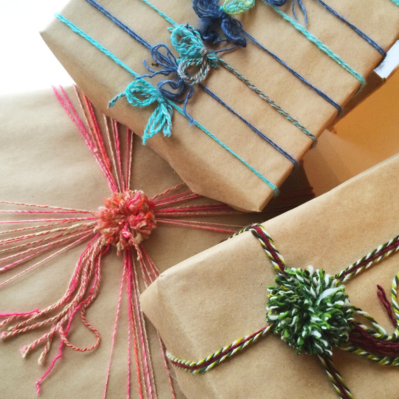 yarn-wrapped-gift-group-1214.jpg