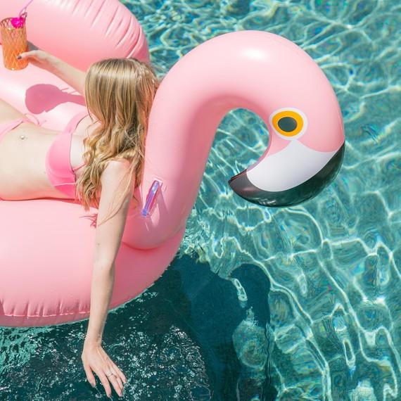 1-flamingo-pool-party-5-21-15_horiz.jpg