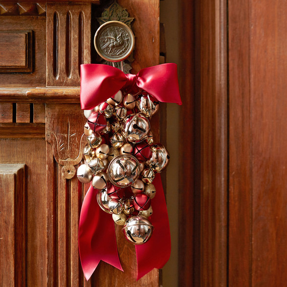 Bell ornament for door
