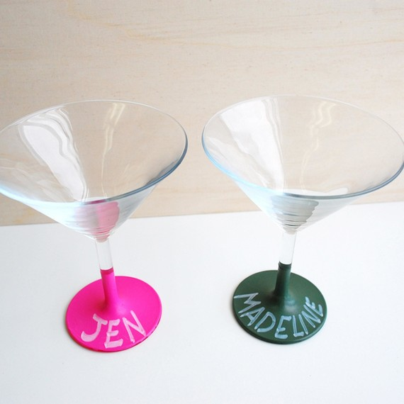 Chalk paint name tags a chic way to personalize party for What paint do you use to paint wine glasses