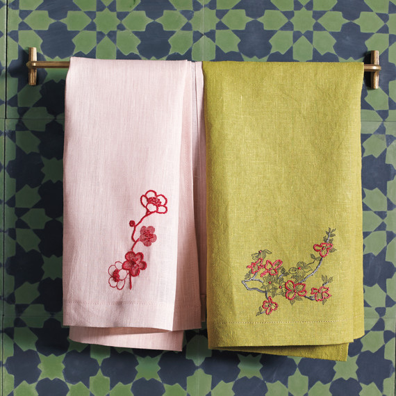 embroidery-towels-010-d111671.jpg
