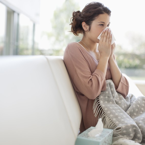 How Are Spring and Fall Allergies Different? Plus, How to Deal with Each