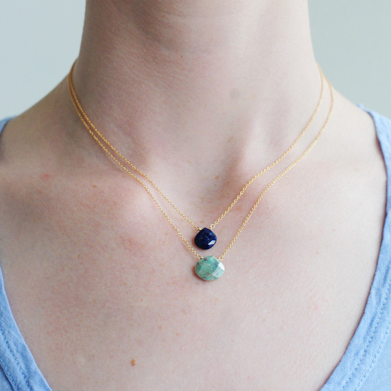 gemstone-layered-jewelry-1015.jpg (skyword:194369)