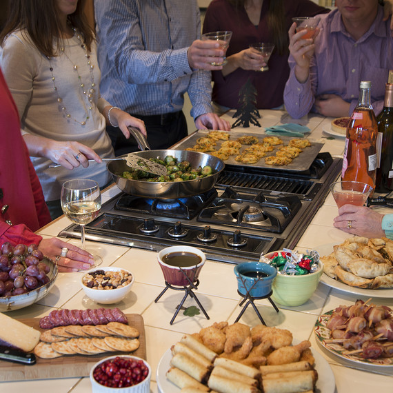 holiday-cooking-safety-1115-1.jpg (skyword:201580)