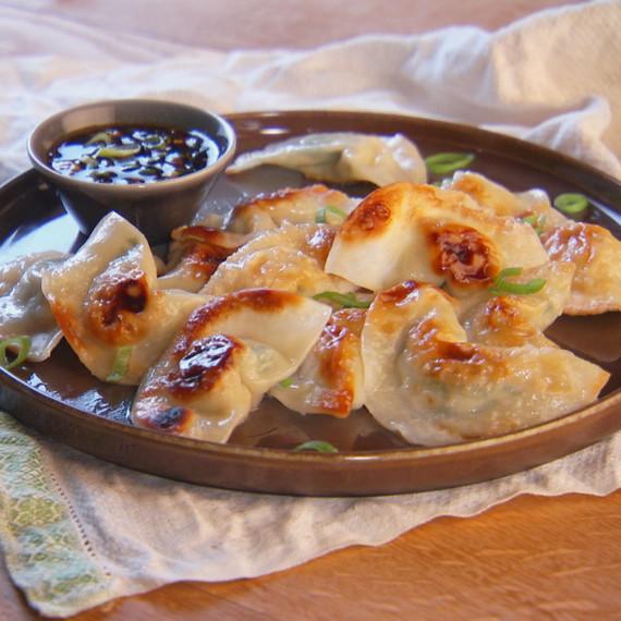 mh_1047_pot_sticker_dumplings.jpg