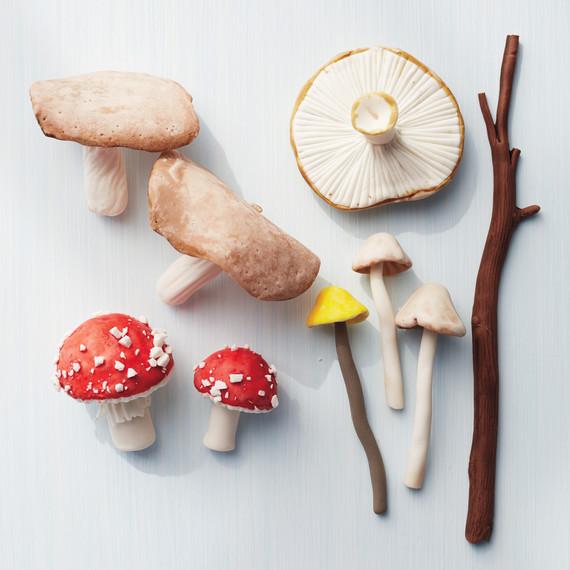 painted-mushrooms-035-d111566.jpg