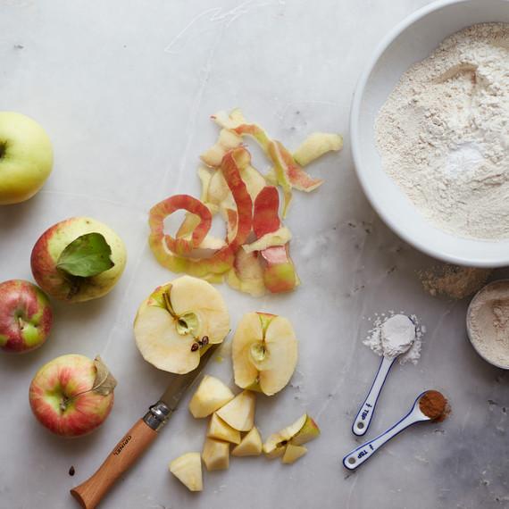 chaplin-dutch-apple-pie-4-0915.jpg