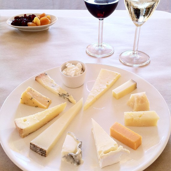cheese-plate-wine-tasting-0415 & Pairings Ideas for a Wine and Cheese Party | Martha Stewart
