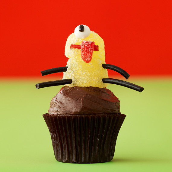 cyclops cupcake topper
