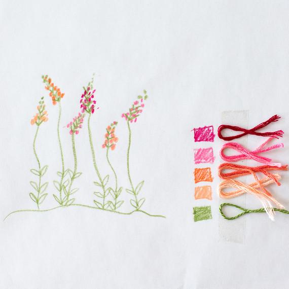 floral-embroidery-pattern-6_27_16-6770.jpg (skyword:295592)