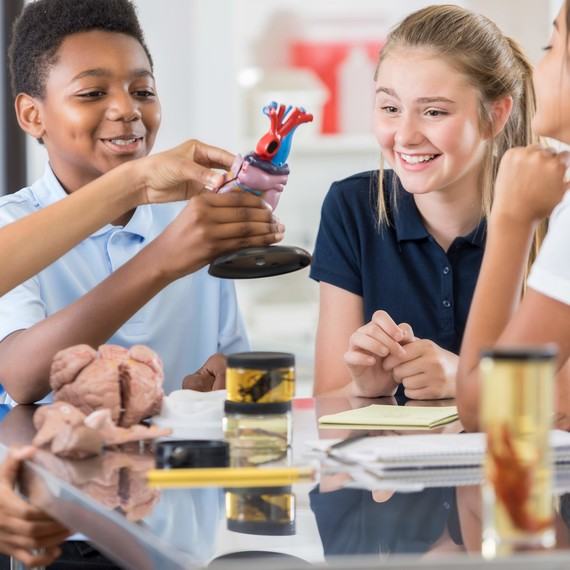 A New Study Finds That Bringing Arts to the Classroom Can Help Students Succeed in Science