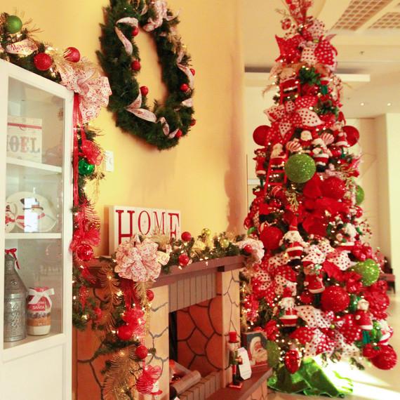 sheraton navidad holiday decor - Puerto Rico Christmas Tree Decorations