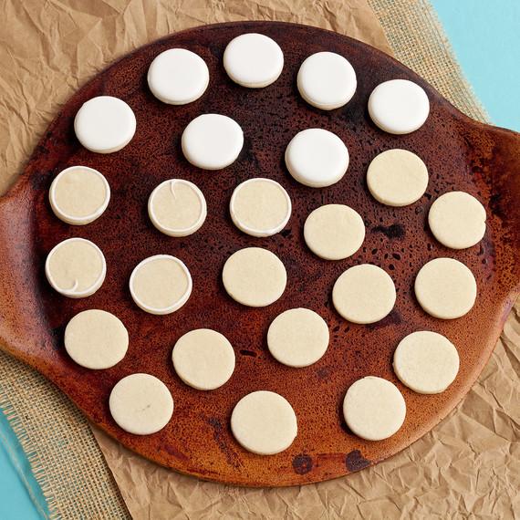 soccer-cupcakes--cupcakes-1015.jpg (skyword:196014)