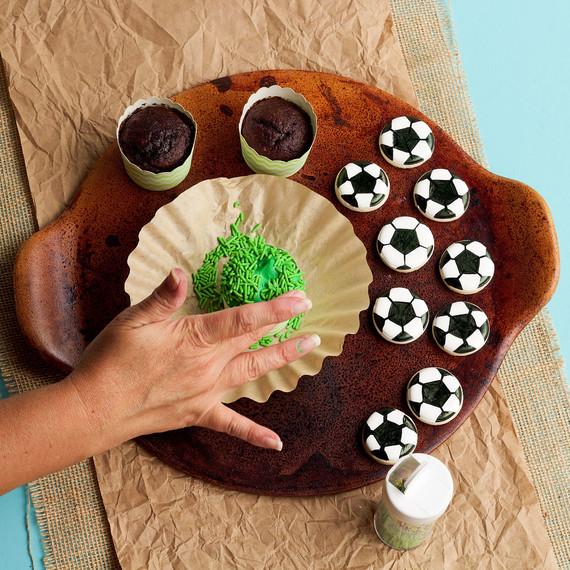 soccer-cupcakes--cupcakes-1015.jpg (skyword:196158)