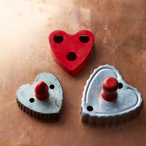 cookie-cutter-group-002-d112733.jpg
