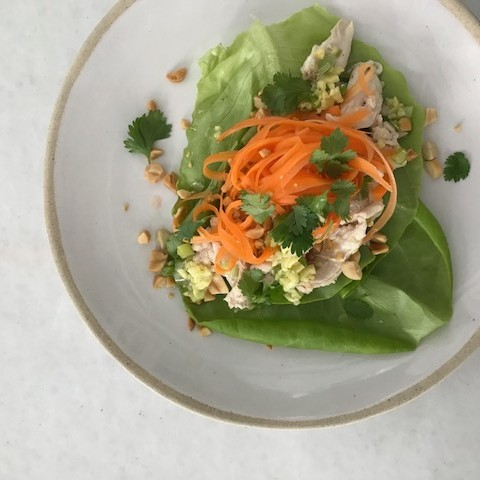 Lettuce cup with chicken