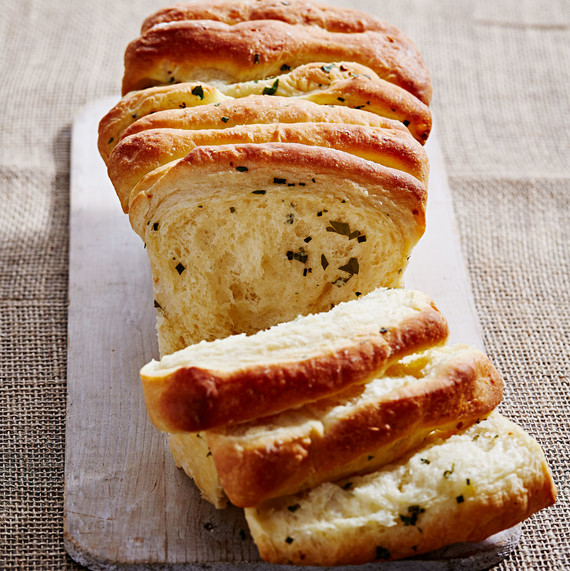 pull apart herb bread