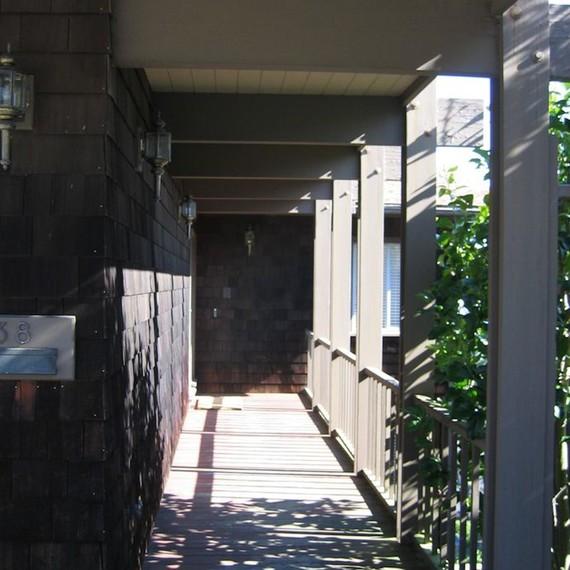 rossington-entrance-before-0915