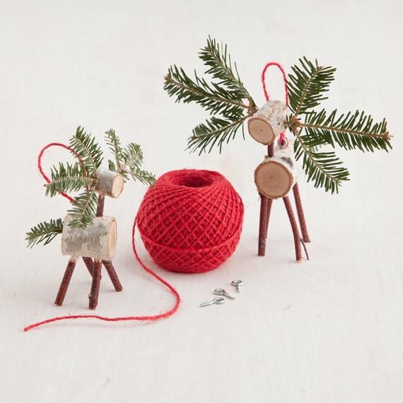 christmas tree deer craft martha stewart. Black Bedroom Furniture Sets. Home Design Ideas