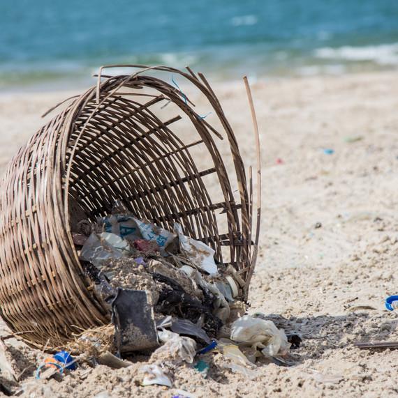 coast-cleanup-lagos-nigeria-1217