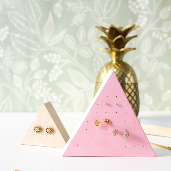 diy wood triangle earring holder