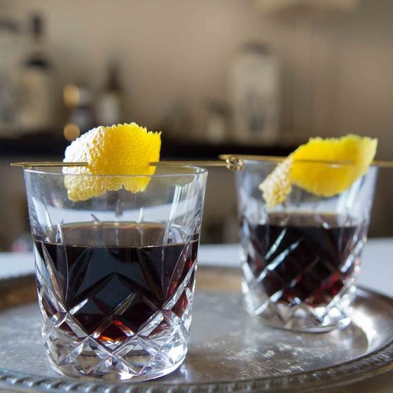 halloween-cocktail-scotch-4-0815.jpg (skyword:181842)
