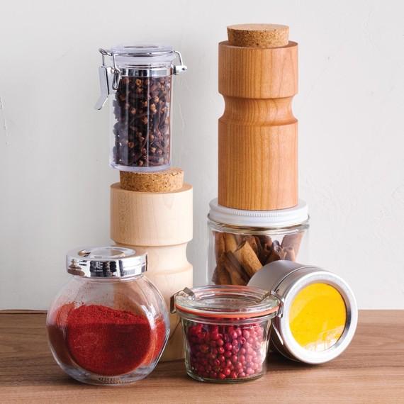 pantry-spicejar-032-d112796-0416.jpg