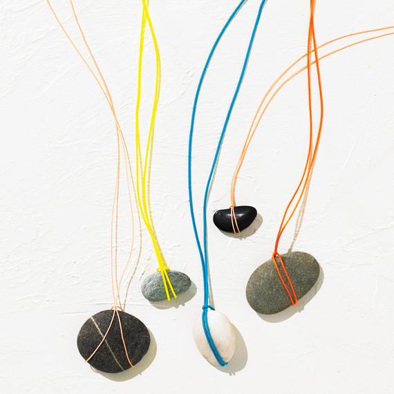 beach-stone-necklaces-075-d111148.jpg