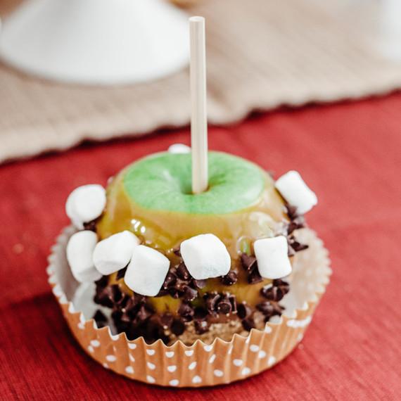 caramel-apple-bar-step-final-1017
