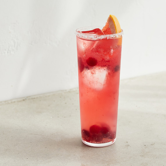 cranberry spritz cocktail