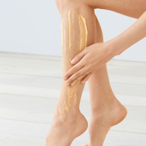 exfoliating-scrub-leg-112-d112034.jpg