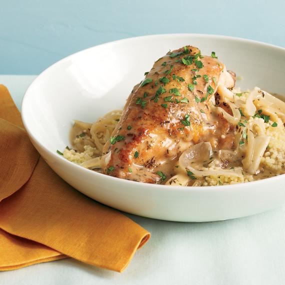 garlic-chicken-couscous-med107742.jpg