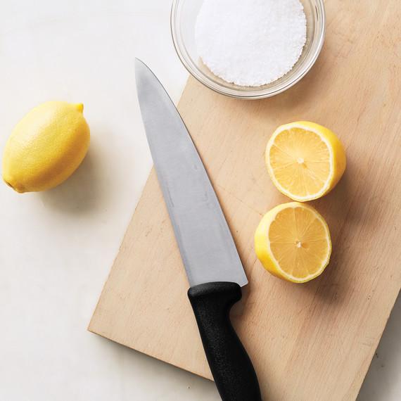 Four Steps to Your Sharpest Kitchen Knives Ever | Martha Stewart