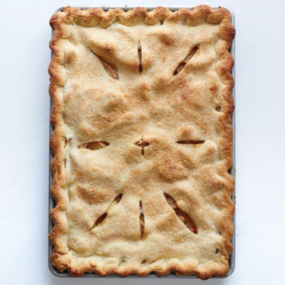peach-slab-pie-final-d107387-0615.jpg