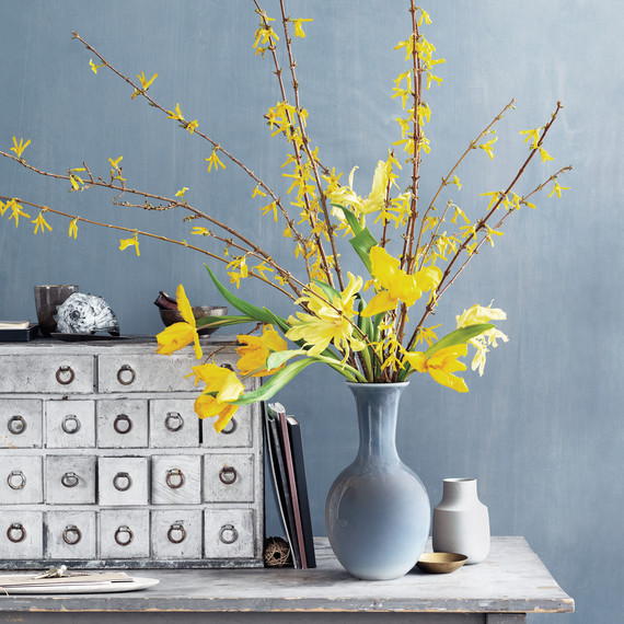 yellow-flowers-foyer-d111163-0029.jpg