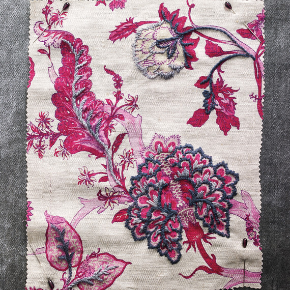 embroidery-pink-detail-053-d111671.jpg