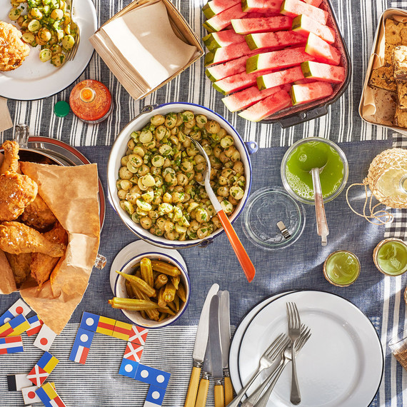 all-american picnic spread