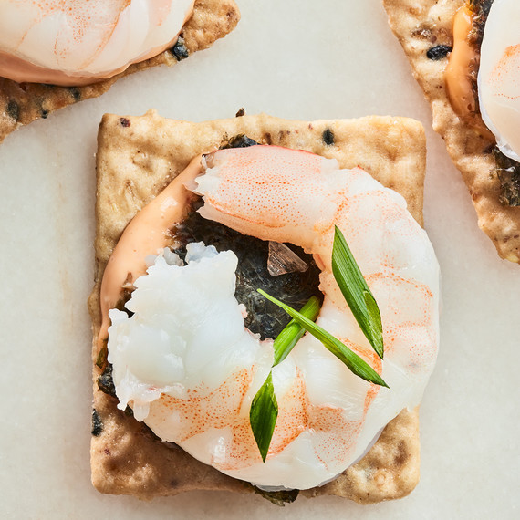 cracker with shrimp and chives