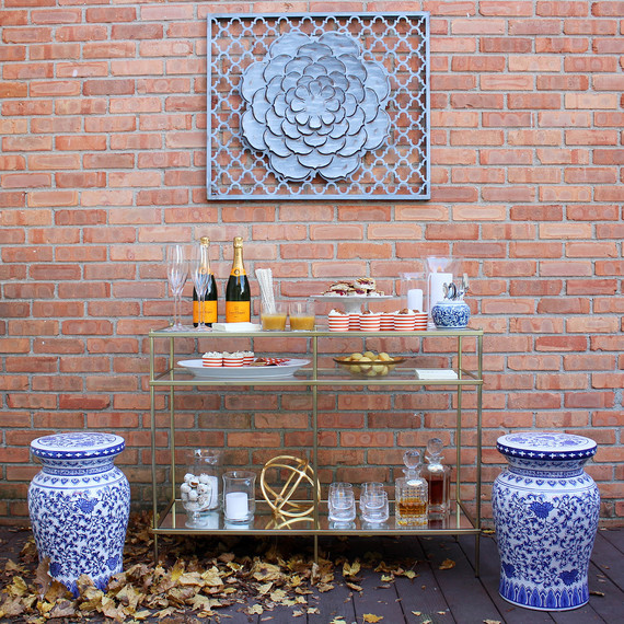 thanksgiving-barcart-fullshot-1116.jpg (skyword:364488)