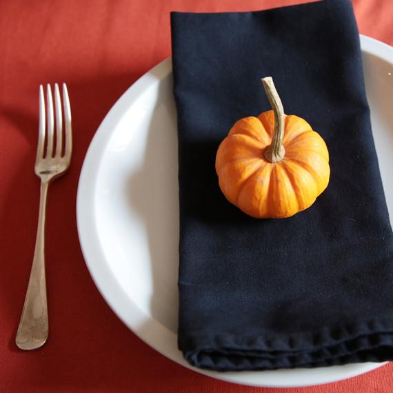 thanksgiving-gourd-table-2-tm-1114.jpg