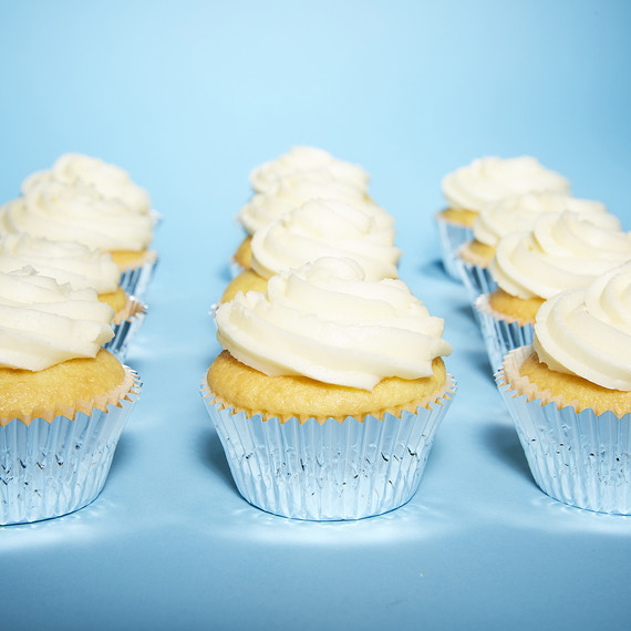 MARTHA-STEWART-PIES-IN-DISGUISE2061.jpg (skyword244597) : easy spring cupcake decorating ideas - www.pureclipart.com