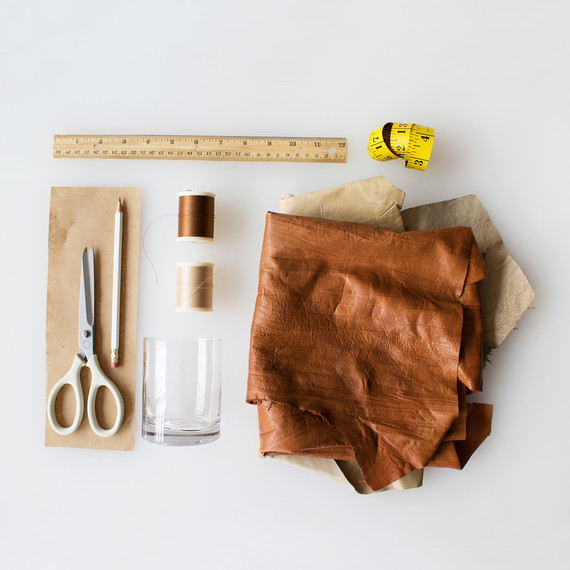 david_stark_design_diy_leather_vase_supplies.jpg (skyword:322867)